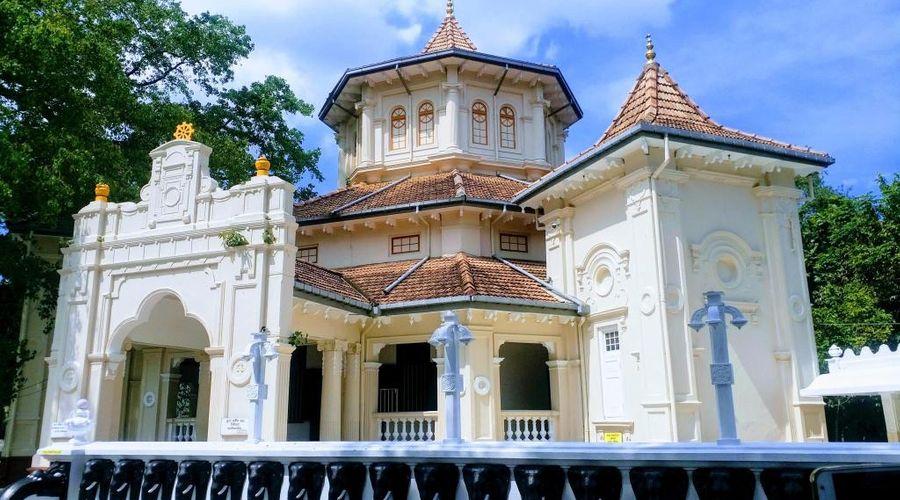 Clock Inn Colombo-27 of 29 photos