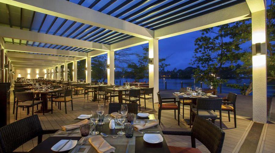 Centara Ceysands Resort & Spa Sri Lanka-8 of 44 photos