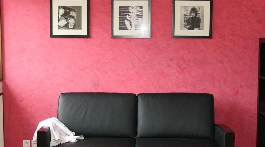 شورت ستاي باريس أبارتمنتس-7 من 32 الصور