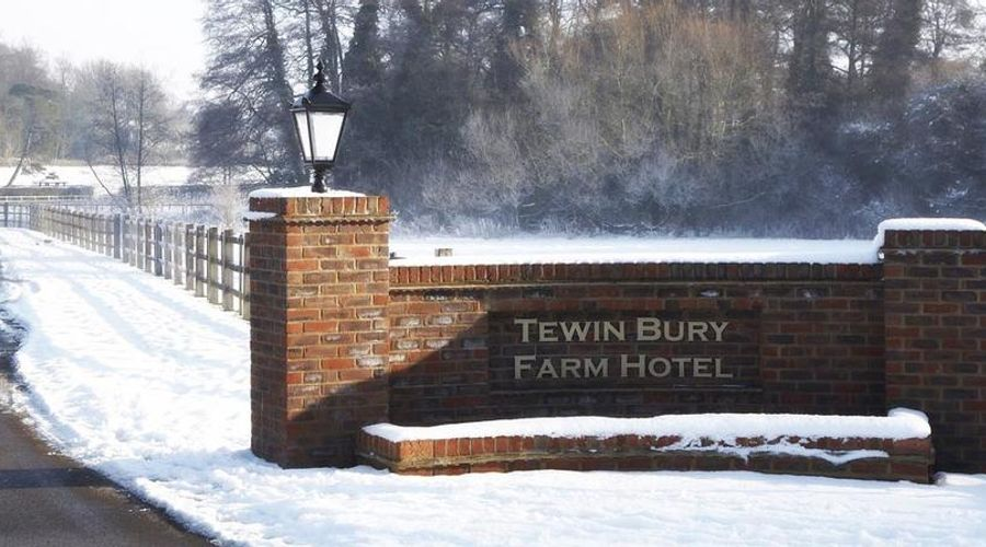 Tewin Bury Farm Hotel-3 of 57 photos