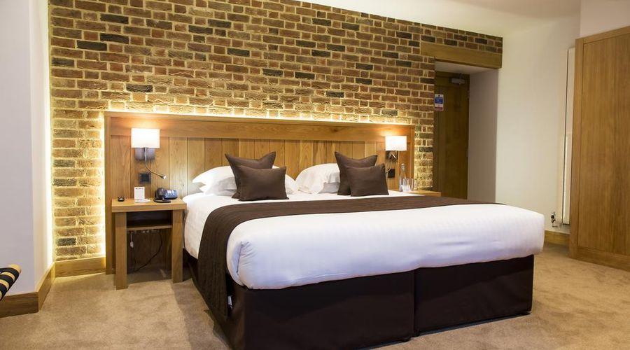 Tewin Bury Farm Hotel-10 of 57 photos