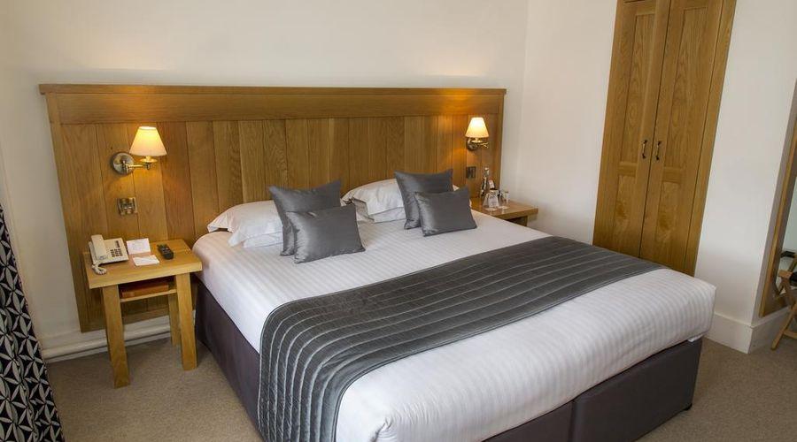Tewin Bury Farm Hotel-11 of 57 photos