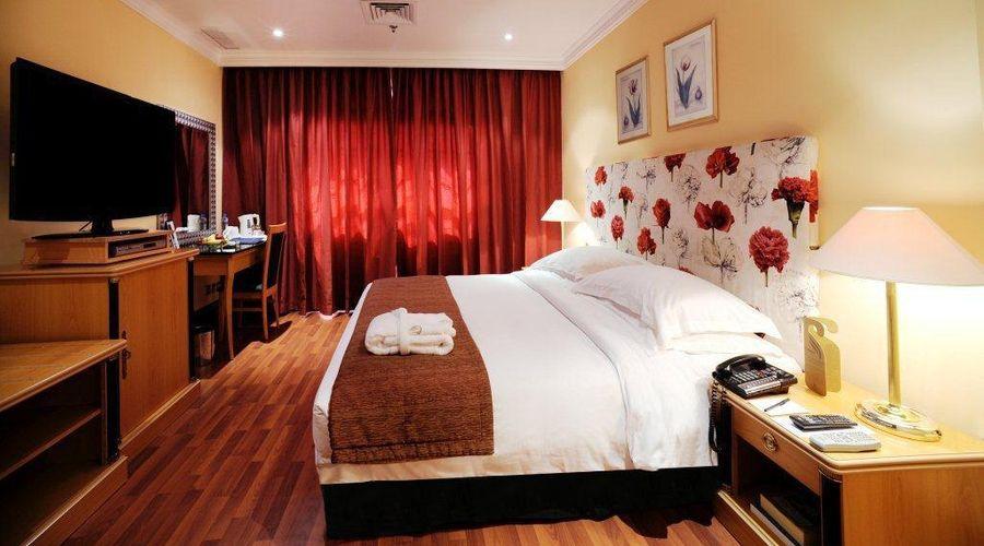 Le Royal Hotel-35 of 45 photos