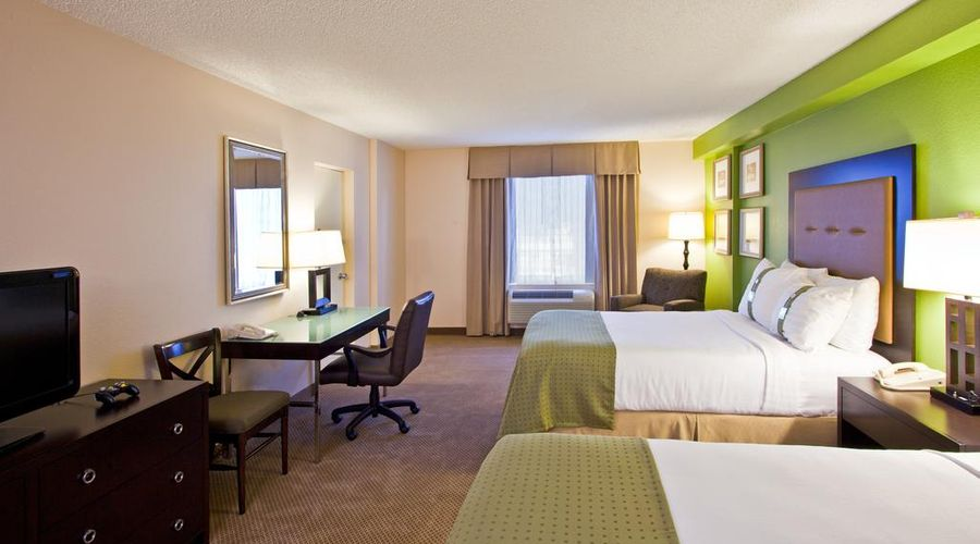 Holiday Inn & Suites Across From Universal Orlando-21 of 32 photos