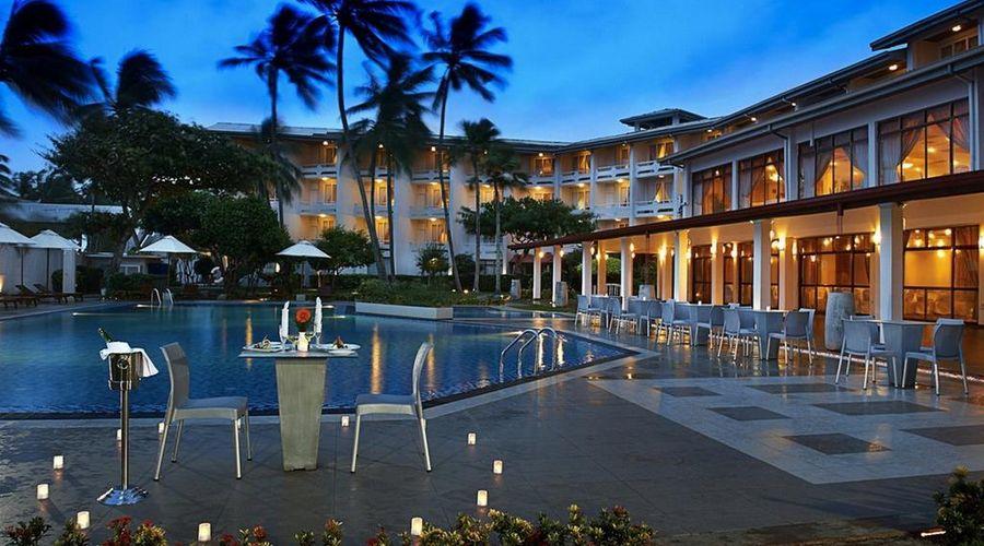 Berjaya Hotel Colombo-1 of 16 photos