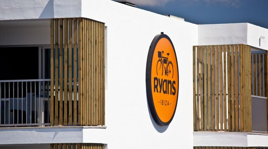 Ryans Ibiza Apartments - Adults Only-7 of 36 photos