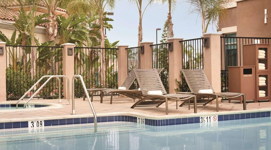 Hyatt Place at Anaheim Resort/Convention Center-18 of 35 photos