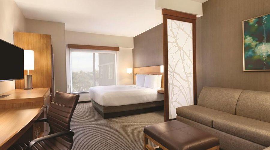 Hyatt Place at Anaheim Resort/Convention Center-6 of 35 photos