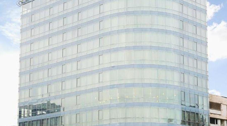 Staybridge Suites Baku-2 of 27 photos
