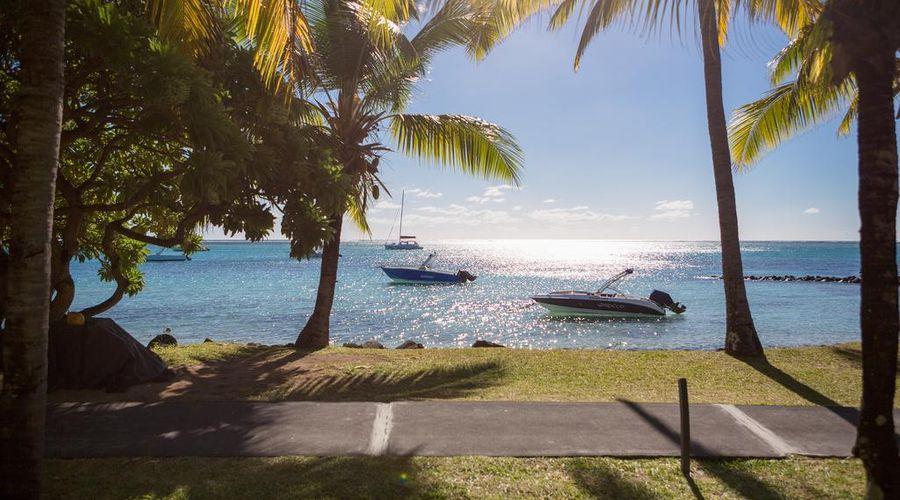 Paradis Beachcomber-13 of 47 photos