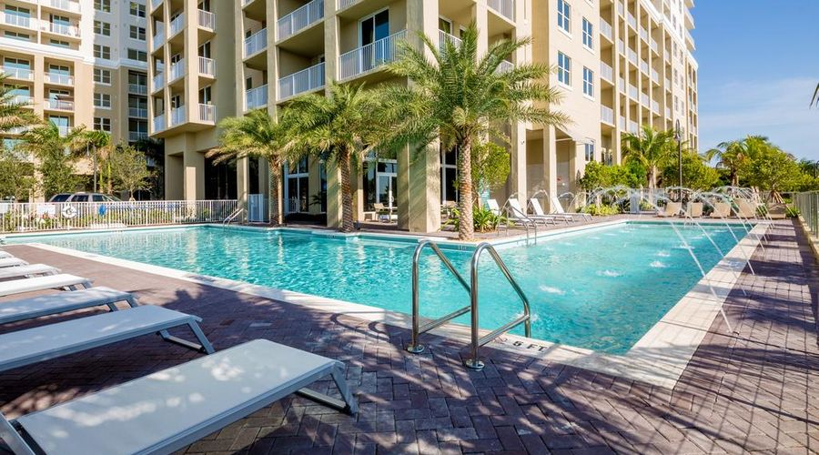 Mare Azur Miami Luxury Apartments by Grand Bay-1 of 46 photos