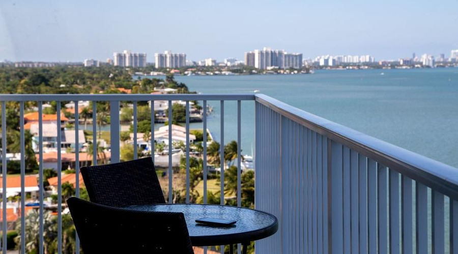 Mare Azur Miami Luxury Apartments by Grand Bay-22 of 46 photos