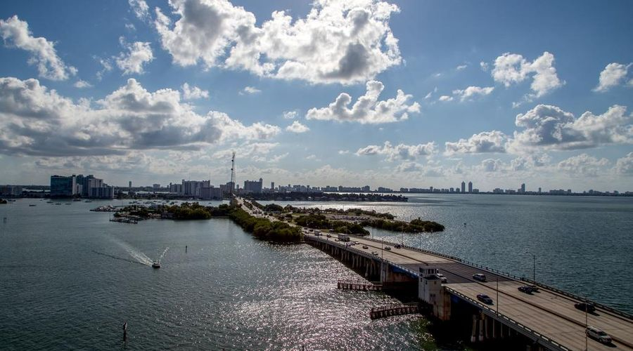 Mare Azur Miami Luxury Apartments by Grand Bay-40 of 46 photos