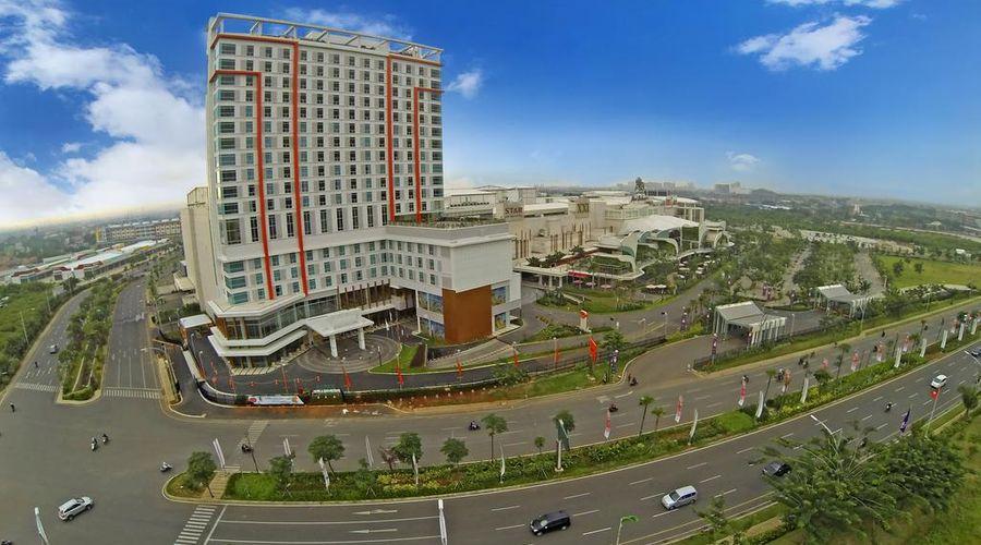 Harris Hotel & Conventions Bekasi-1 of 30 photos