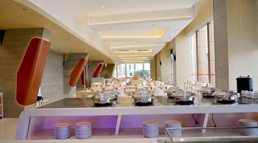 Harris Hotel & Conventions Bekasi-5 of 30 photos