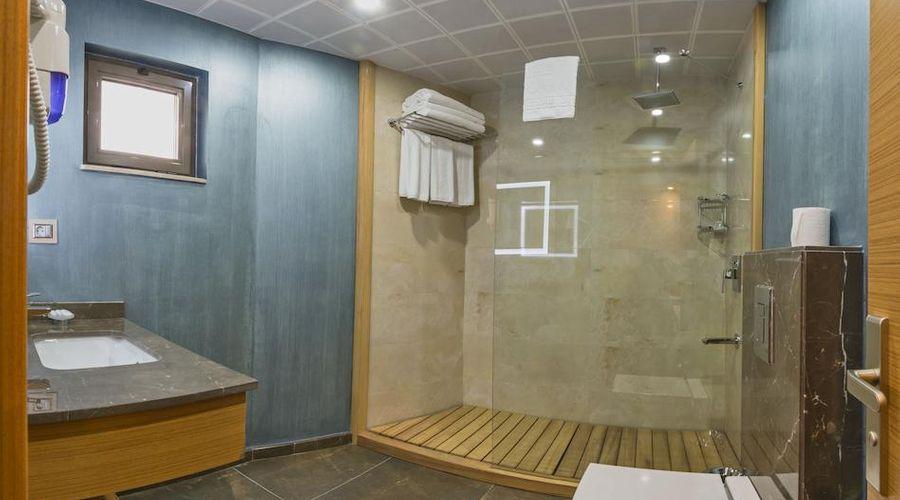 Bisetun Hotel-12 of 29 photos