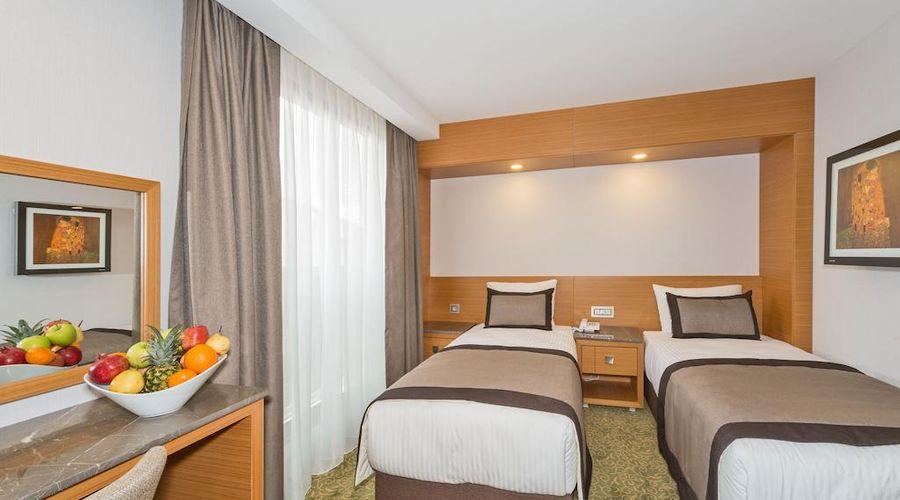 Bisetun Hotel-14 of 29 photos