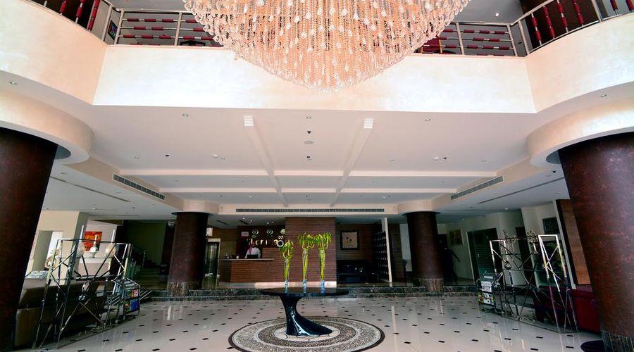 Millennia Hotel Olaya -12 of 47 photos
