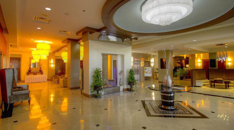 Holiday Inn Orlando East - UCF Area-19 of 33 photos