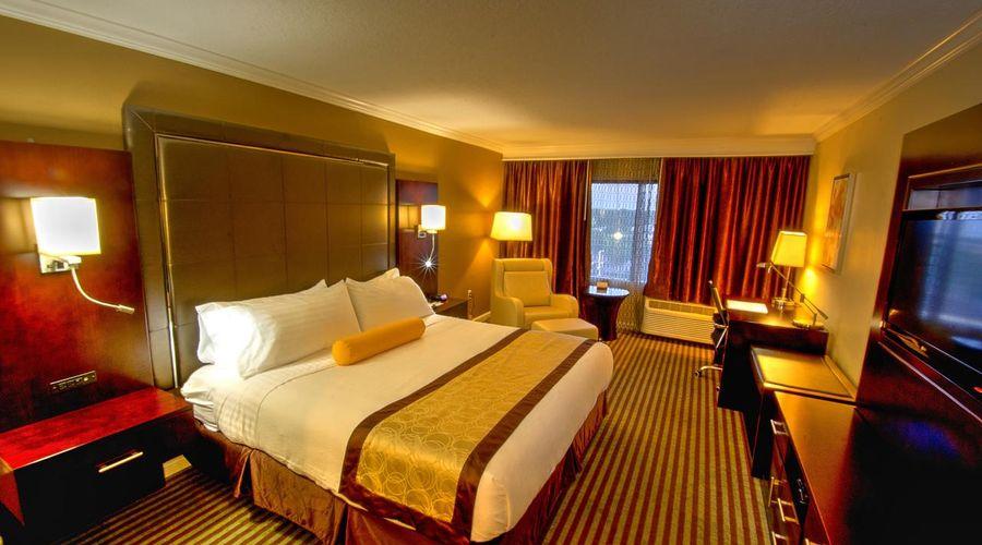 Holiday Inn Orlando East - UCF Area-17 of 33 photos