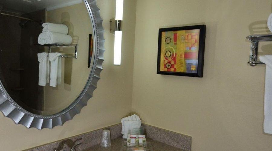 Holiday Inn Orlando East - UCF Area-24 of 33 photos