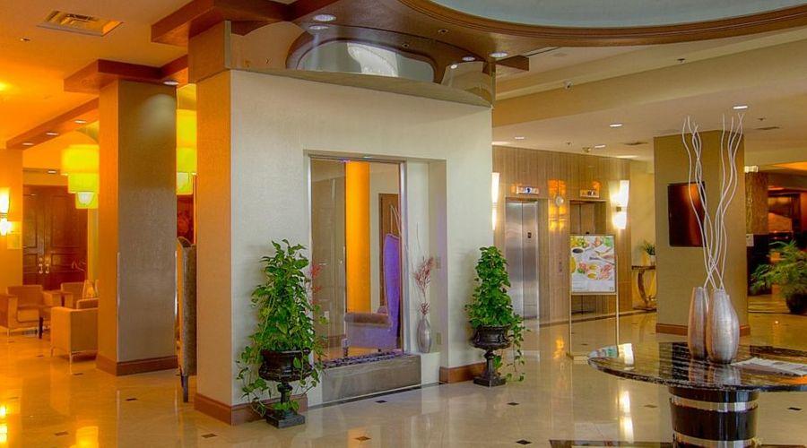 Holiday Inn Orlando East - UCF Area-27 of 33 photos