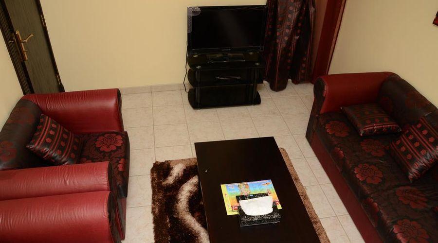 قصر اليمامة ملز 2-11 من 20 الصور
