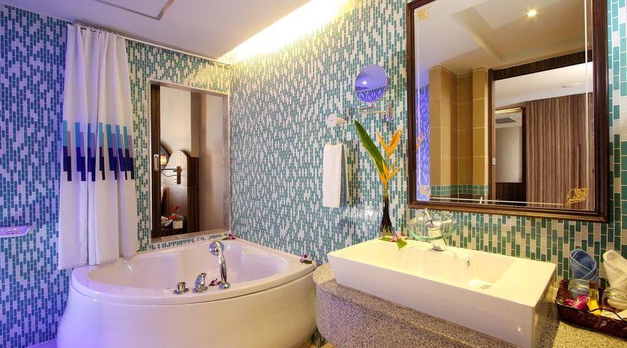 Blue Ocean Resort-29 of 30 photos