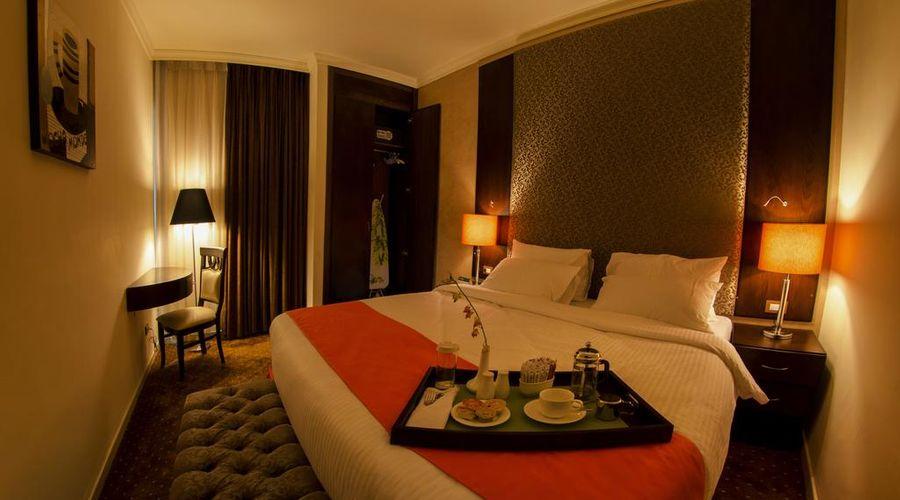 Meneur Hotel-11 of 29 photos