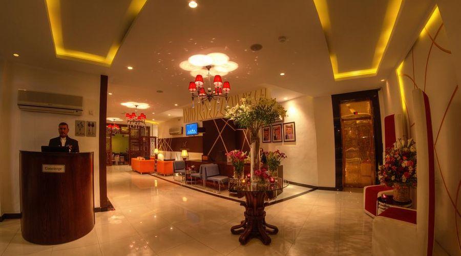 Meneur Hotel-21 of 29 photos