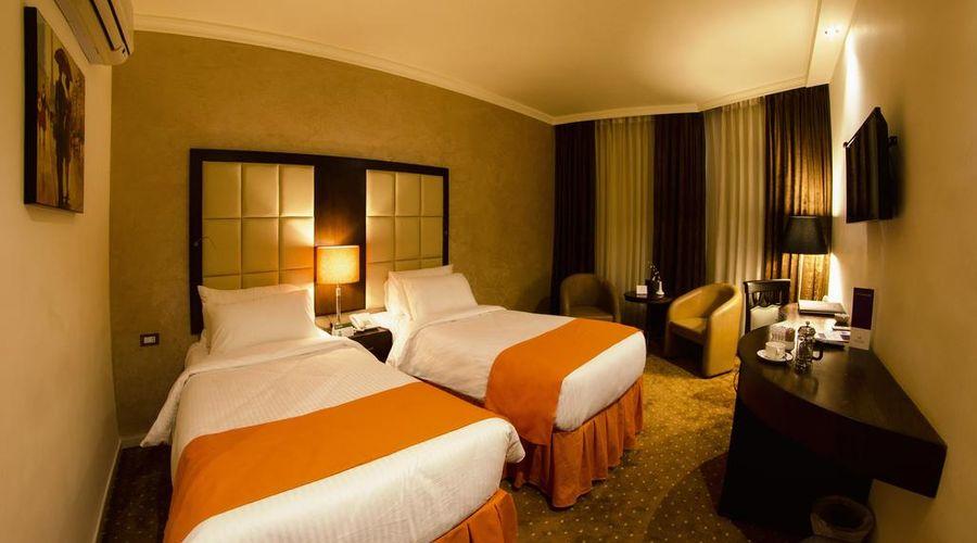 Meneur Hotel-9 of 29 photos