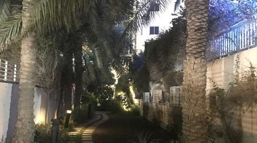 سومرست الفاتح البحرين-25 من 28 الصور