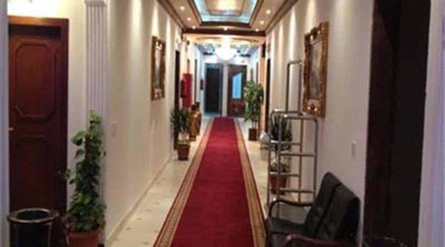 قصر الفنار 1-15 من 21 الصور