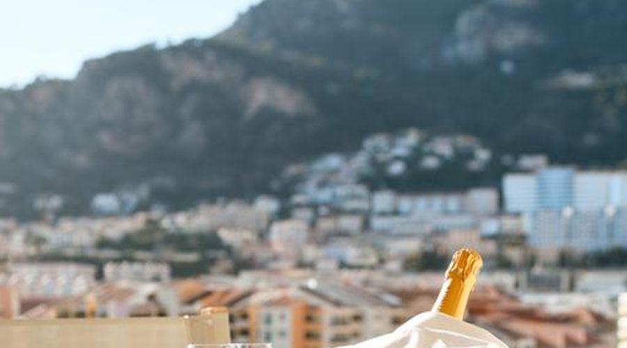 Columbus Monte-Carlo-26 of 36 photos