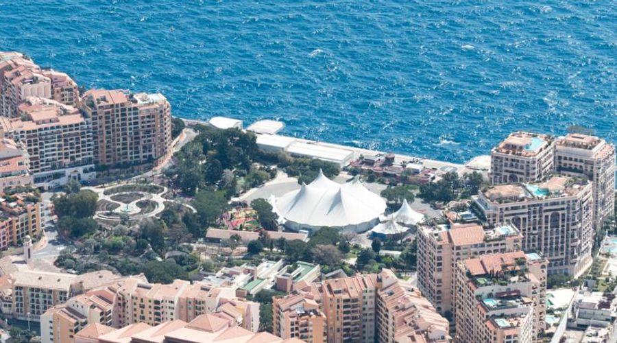 Columbus Monte-Carlo-31 of 36 photos