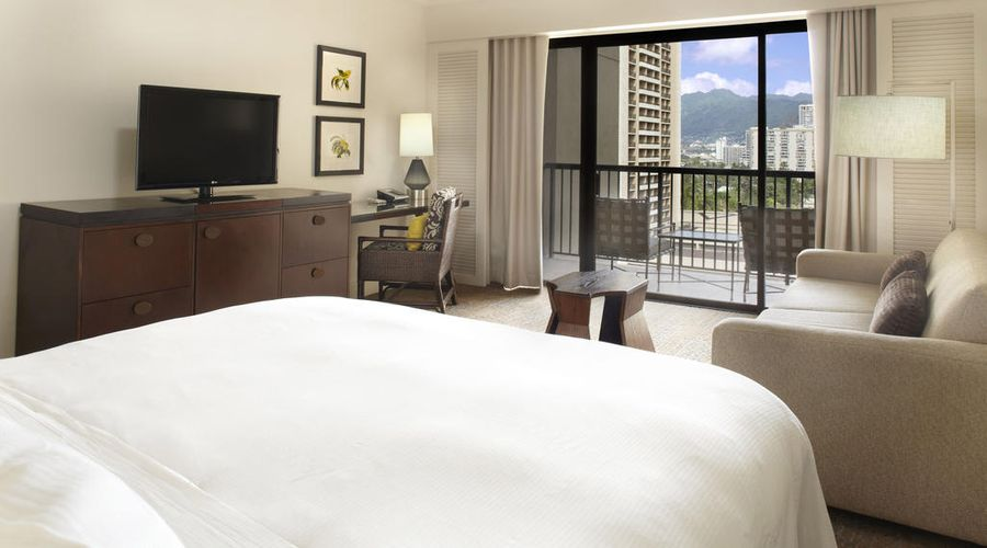 Hilton Hawaiian Village Waikiki Beach Resort-11 of 44 photos