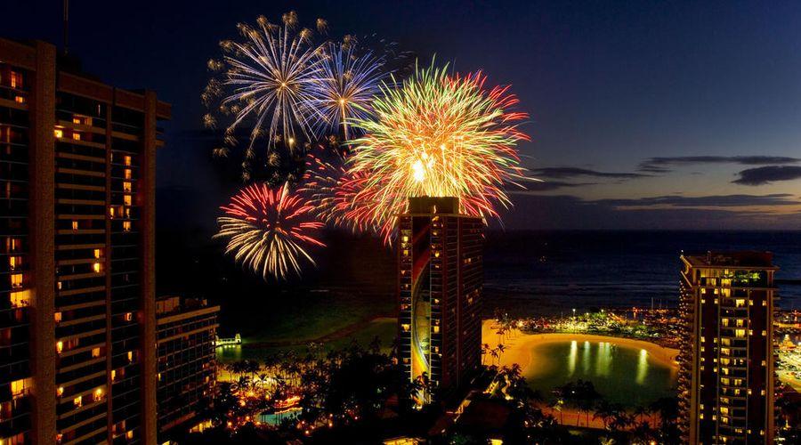 Hilton Hawaiian Village Waikiki Beach Resort-24 of 44 photos