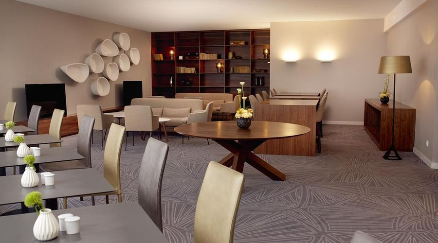DoubleTree by Hilton Hotel Wroclaw-30 of 43 photos