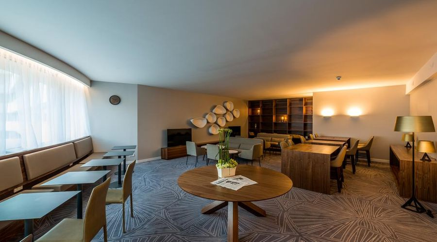 DoubleTree by Hilton Hotel Wroclaw-9 of 43 photos