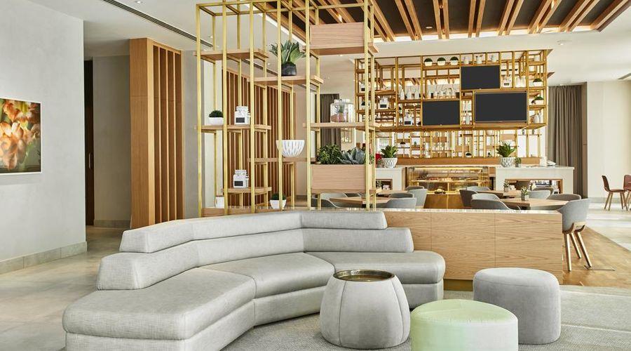 Hilton Garden Inn Dubai Mall Of The Emirates-22 of 38 photos