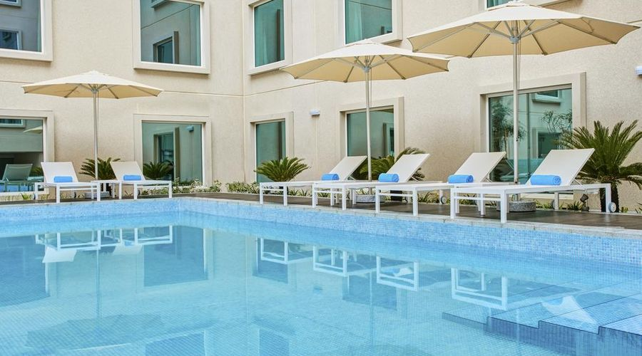 Hilton Garden Inn Dubai Mall Of The Emirates-26 of 38 photos