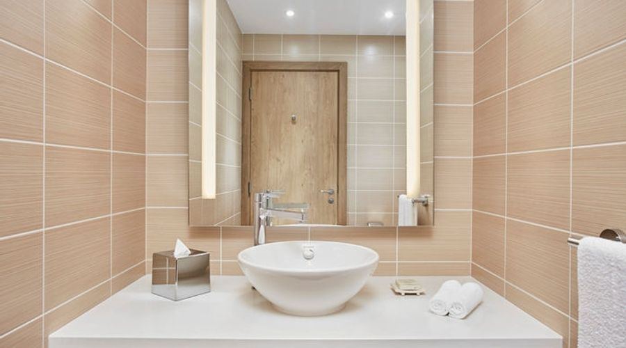 Hilton Garden Inn Dubai Mall Of The Emirates-11 of 38 photos