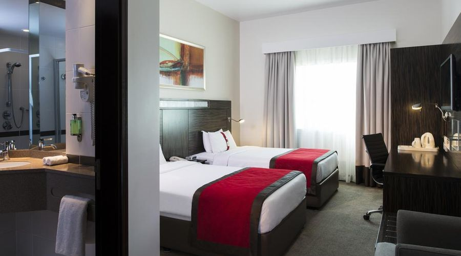 Holiday Inn Express Dubai Internet City-10 of 29 photos