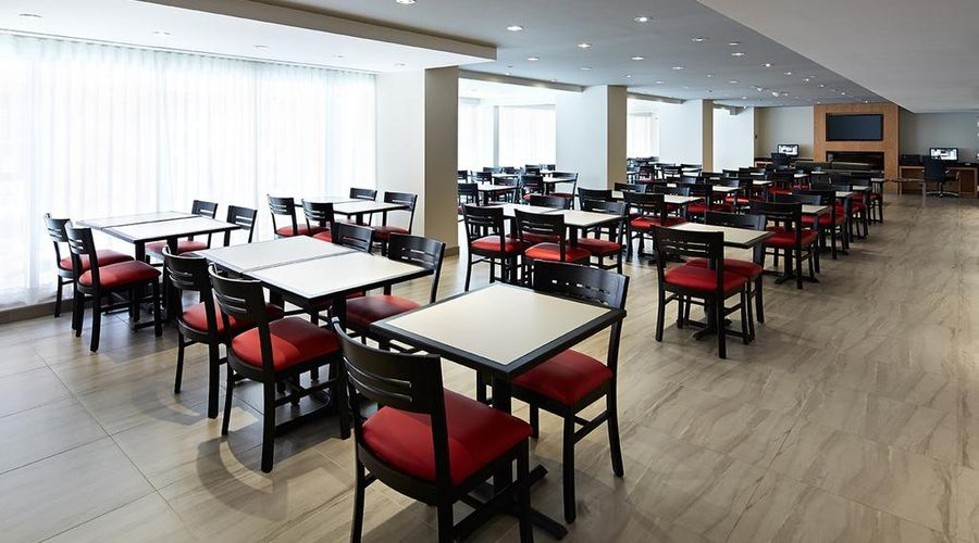 Residence Inn by Marriott Montreal Downtown-11 of 37 photos