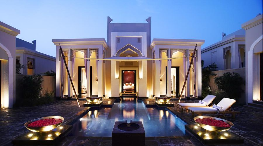 Al Areen Palace and Spa-1 of 36 photos
