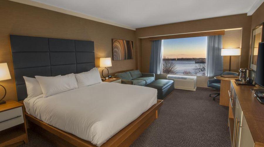 فندق دبل تري باي هيلتون شلالات نياجارا نيويورك-13 من 33 الصور