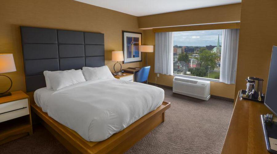 فندق دبل تري باي هيلتون شلالات نياجارا نيويورك-14 من 33 الصور