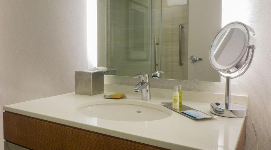 فندق دبل تري باي هيلتون شلالات نياجارا نيويورك-19 من 33 الصور
