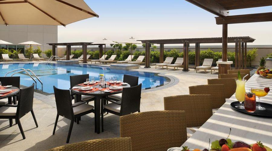 Crowne Plaza Jumeirah Dubai-4 of 42 photos