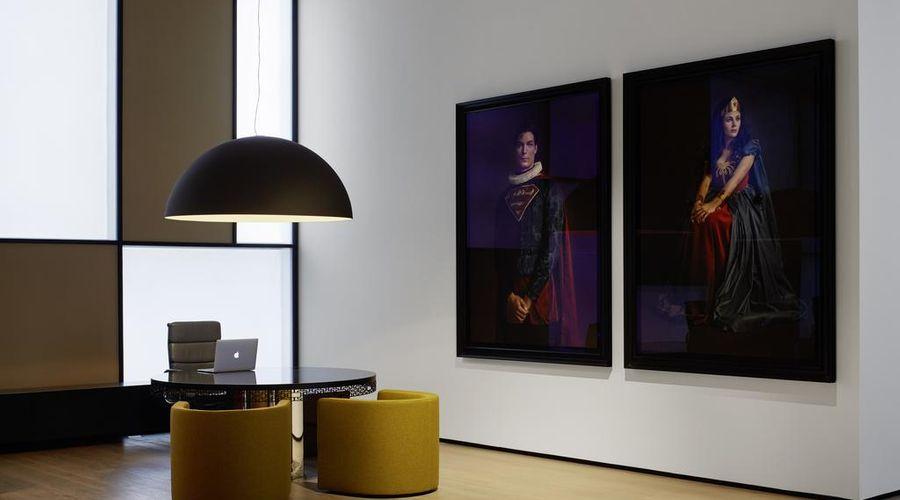 روومرز بادن بادن، أوتوغراف كولكشن-4 من 40 الصور